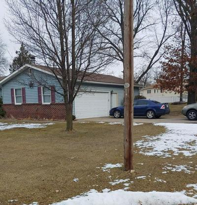 1829 IRONWOOD ST SW, DeMotte, IN 46310 - Photo 2