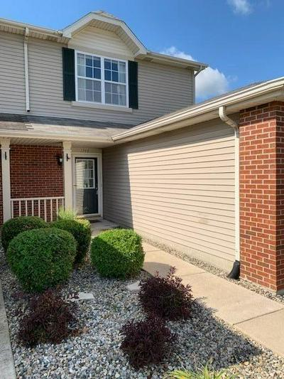 1746 SPRINGTIME CT, Dyer, IN 46311 - Photo 2