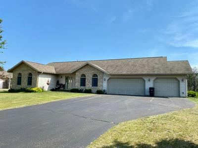 1527 KINGS HILL DR, Tomahawk, WI 54487 - Photo 1