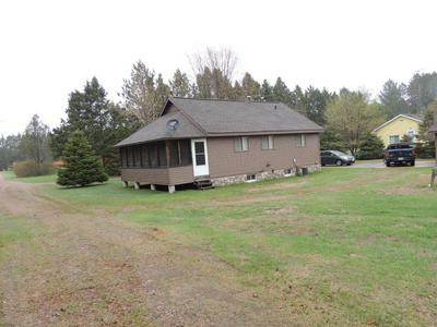 1065 VALLEY LN, Armstrong Creek, WI 54103 - Photo 1