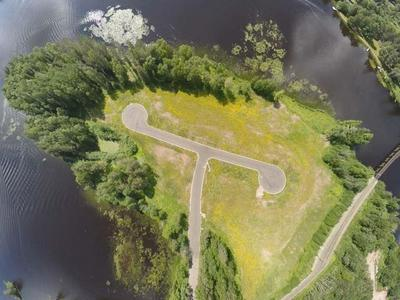 8 W LEATHER AVE, Tomahawk, WI 54487 - Photo 1
