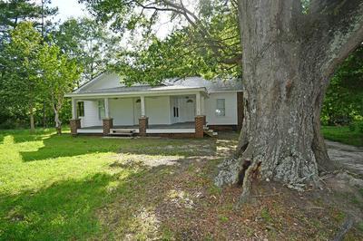 122 OLD MOUNT MORIAH RD, Greenwood, SC 29646 - Photo 1