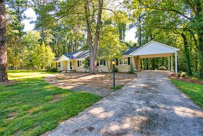 320 CREEK RD W, Greenwood, SC 29646 - Photo 2