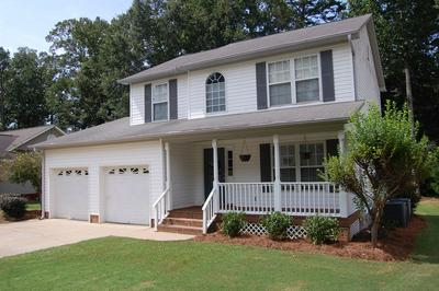 207 OAK RIDGE DR, Greenwood, SC 29649 - Photo 2