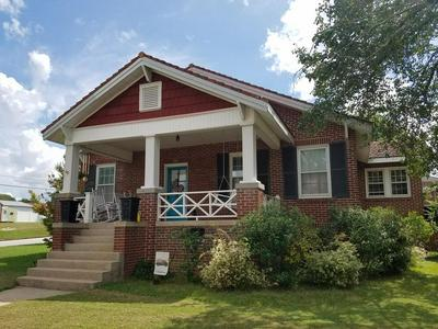 801 WRIGHT AVE, Greenwood, SC 29646 - Photo 1
