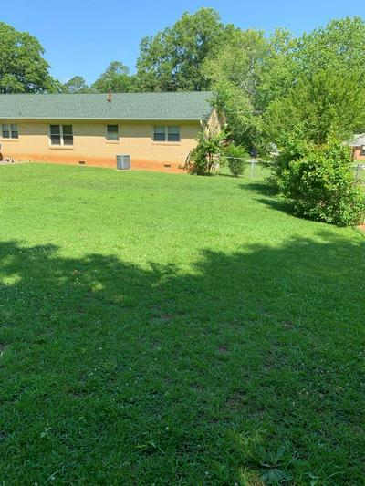 308 VIRGINIA AVE, Greenwood, SC 29646 - Photo 2
