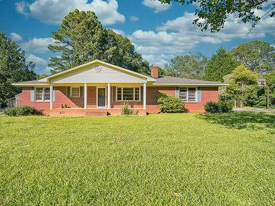 110 ANDERSON DR, Greenwood, SC 29646 - Photo 1