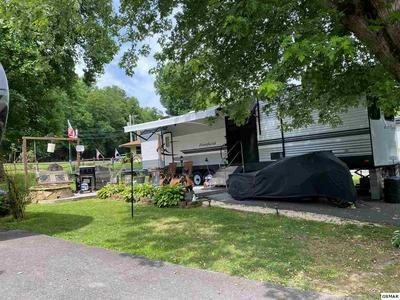4229 E PARKWAY, Gatlinburg, TN 37738 - Photo 2