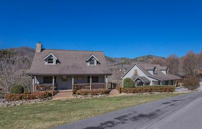 3427 CROCKETT HILL LN, Sevierville, TN 37862 - Photo 1