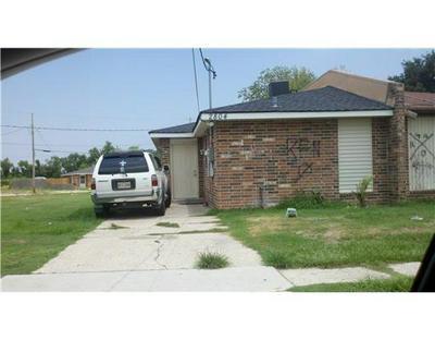 2804 STACIE DR, Violet, LA 70092 - Photo 1