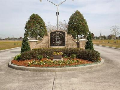 108 MALLARD DR, Westwego, LA 70094 - Photo 1