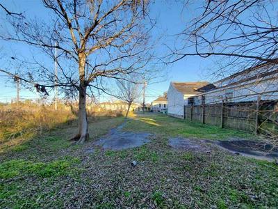 1730 SAINT ANTHONY ST, New Orleans, LA 70116 - Photo 2