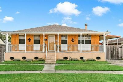 575 DOVER LN, Terrytown, LA 70056 - Photo 1