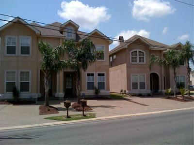 4214 TRANSCONTINENTAL DR, Metairie, LA 70006 - Photo 1