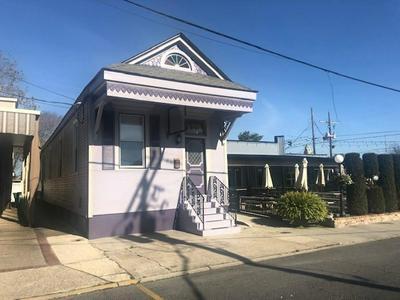 429 HUEY P LONG AVE, Gretna, LA 70053 - Photo 2