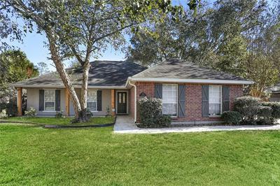 525 HOMEWOOD DR, Covington, LA 70433 - Photo 1