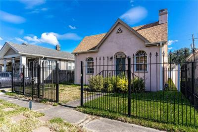 3533 CLERMONT DR, New Orleans, LA 70122 - Photo 1