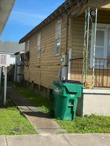 727 ROMAIN ST, Gretna, LA 70053 - Photo 2