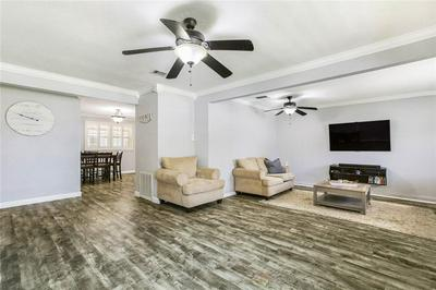 3262 CONTINENTAL DR, Kenner, LA 70065 - Photo 2