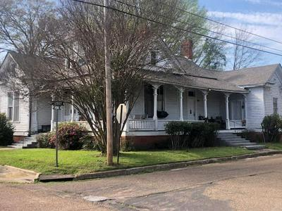 923 4TH AVE N, COLUMBUS, MS 39701 - Photo 1