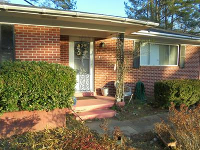 602 S THAYER AVE, Aberdeen, MS 39730 - Photo 2
