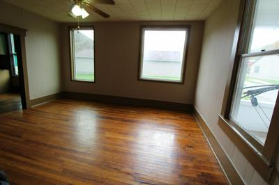 PLEASANT ST, Hinton, WV 25951 - Photo 2