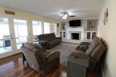 ROSE ST, Hinton, WV 25951 - Photo 2