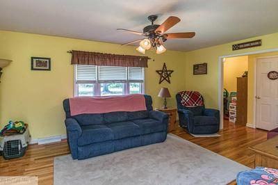 134 HEREFORD DR, Dudley, NC 28333 - Photo 2