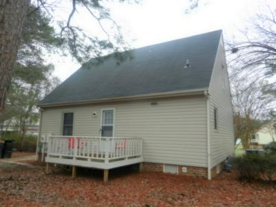 401 TAYLOR PL, Goldsboro, NC 27530 - Photo 2