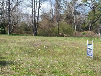 305 S SYCAMORE ST, Fremont, NC 27830 - Photo 1