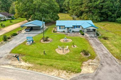 337 AKINS RD, Glennville, GA 30427 - Photo 1