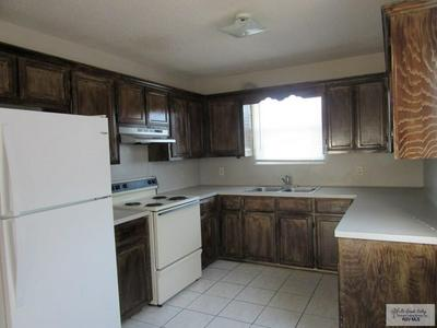 1500 S OREGON AVE APT 6, WESLACO, TX 78596 - Photo 2