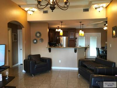 327 ARBOLEDA, Brownsville, TX 78521 - Photo 2