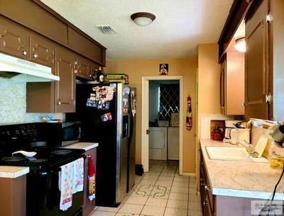 109 DAVIS ST, Harlingen, TX 78550 - Photo 2