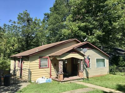 1834 SHORT 3RD AVE, Laurel, MS 39440 - Photo 2