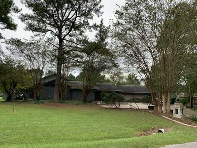 11 BILLY CRAFT RD, Laurel, MS 39443 - Photo 1