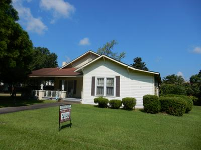 307 S 2ND ST, Collins, MS 39428 - Photo 1