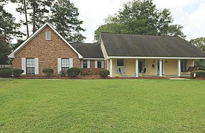 47 SUNNY MEADOWS DR, Hattiesburg, MS 39402 - Photo 2