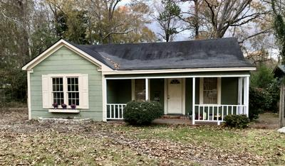 1915 EVA ST, Hattiesburg, MS 39401 - Photo 2