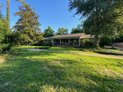 3103 DELWOOD DR, Hattiesburg, MS 39401 - Photo 1