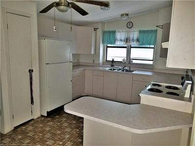 458 HICKORY RIDGE DR, Sebring, FL 33876 - Photo 2
