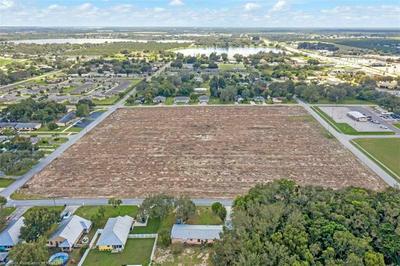 911 W STATE ST, Avon Park, FL 33825 - Photo 1