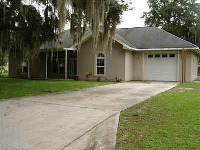 609 HIGH ST, WAUCHULA, FL 33873 - Photo 1