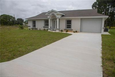 334 GLEAMING AVE, Lake Placid, FL 33852 - Photo 2