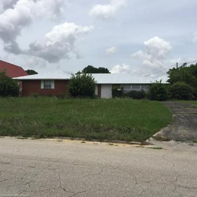 277 E CIRCLE ST, Avon Park, FL 33825 - Photo 2