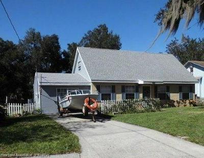 422 S 11TH AVE, Wauchula, FL 33873 - Photo 1