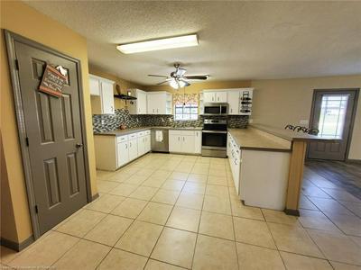 2575 N SENECA DR W, Avon Park, FL 33825 - Photo 2