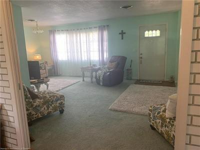 206 PARKVIEW RD, Sebring, FL 33870 - Photo 2