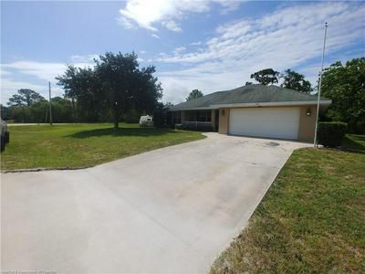 205 HOWEY RD, Sebring, FL 33870 - Photo 2