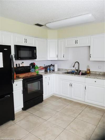 422 S 11TH AVE, Wauchula, FL 33873 - Photo 2